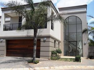 4 bedroom cluster in Chagall cluster in Bedfordview the perfect home photo