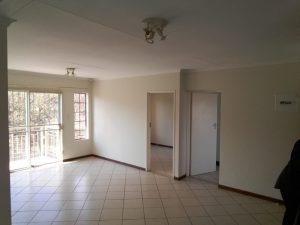 Spacious Open Plan 3 Bedroom Apartment available in Equestria photo