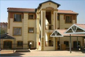 First Floor. Two bedrooms and one bathroom. Bedrooms and bathroom fitted with new blinds. This lovely apartment is in Randburg photo