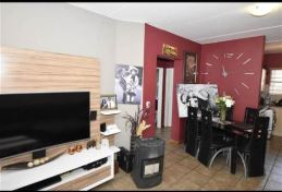 An Attractive Two Bedroom Apartment In Sundowner photo