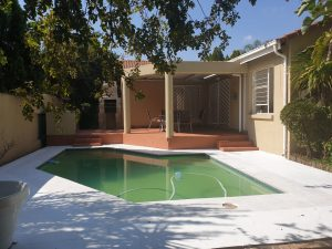 A Chic Three Bedroom Simplex Tucked In The Leafy Suburb Of Sunninghill photo